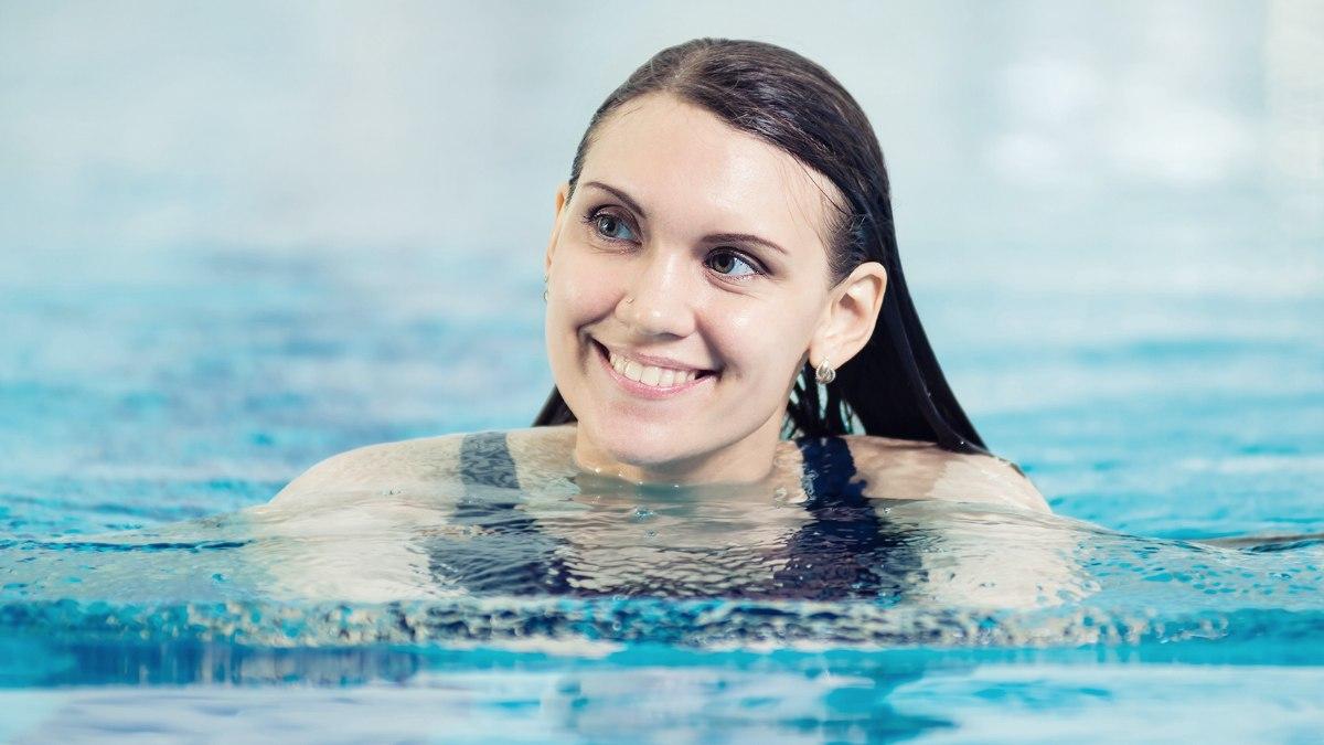 beste-haarverzorging-voor-tijdens-zwemmen.jpg