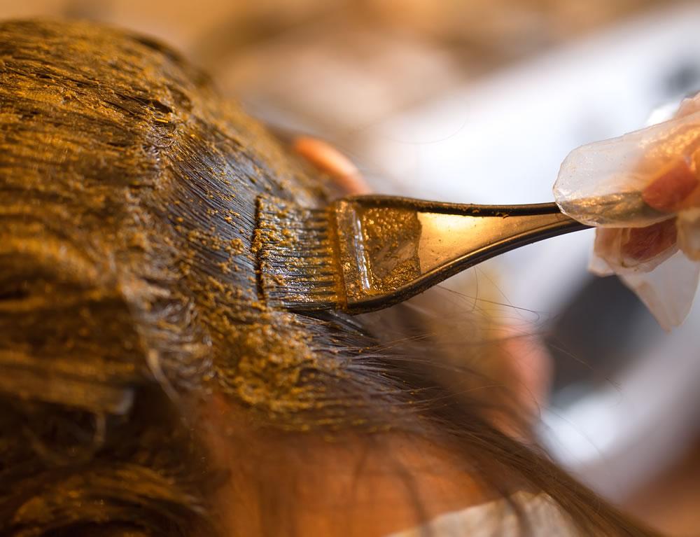 hoe-gebruik-je-henna-om-het-haar-te-verven.jpg